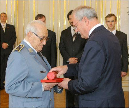 www.bytcan.sk - Ivan Schwarz - generálmajor v.v. - rodák z Bytče